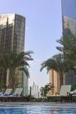 Бассейн в Марине Дубай, ОАЭ Стоковые Изображения RF