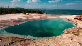 Бассейн гейзера, национальный парк Йеллоустон стоковое фото rf