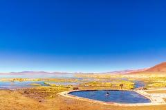 Бассейн горячего источника в Altiplano Unyuni в Боливии Стоковые Изображения