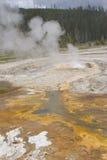 Бассейн 1 Йеллоустона геотермический стоковые изображения rf