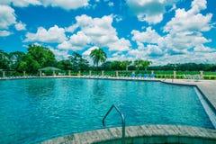 Бассейн на поле для гольфа Стоковое фото RF