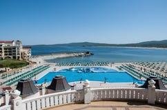Бассейн на пляже в Болгарии Стоковое фото RF