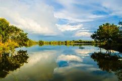 Бассейн отражения неба Стоковые Фото