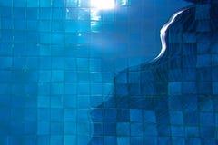 Бассейн придает квадратную форму дню Стоковая Фотография RF