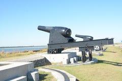 Батарея карамболя клинча форта защищает переходный люк через вход стоковые фотографии rf