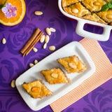 Бахлава с грецким орехом и миндалинами Стоковое Изображение