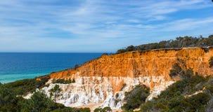Башенкы и Лонг-Бич в побережье сапфира, NSW Австралия стоковые изображения rf