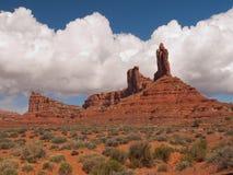башенкы ландшафта пустыни высокие стоковое изображение rf