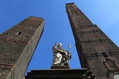 2 башни болонья, Италии Стоковое Изображение
