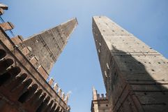 2 башни, болонья, Италия, июнь 2017 Стоковая Фотография RF