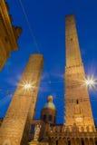 2 башни болонья эмилия-Романьи Италии Стоковая Фотография RF