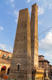 2 башни болонья эмилия-Романьи Италии Стоковое Изображение