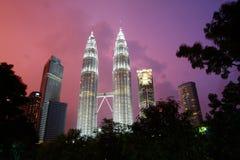 Башни Близнецы в Куалае-Лумпур, Малайзии Стоковое Изображение