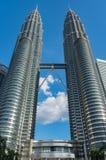 Башни Близнецы, известные ориентир ориентиры Куалаа-Лумпур, Малайзии Стоковые Фото