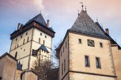 Башни замка Karlstejn взгляд городка республики cesky чехословакского krumlov средневековый старый Стоковое Изображение RF