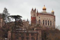Башни замка Rocchetta Mattei Riola, болонья, эмилия-Романья, Италия Стоковые Фотографии RF