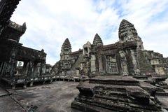 Башни известного виска Angkor Wat в Камбодже Стоковая Фотография