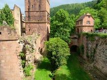 Башни и загубленные стены замка Гейдельберга Стоковое фото RF