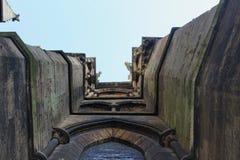 Башни и стены стоковые фотографии rf