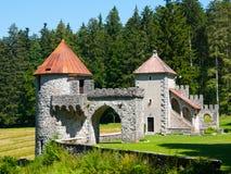 2 башни малого замка Masun леса Стоковое Изображение