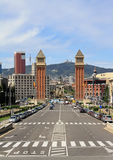 2 башни на d'Espanya Plaça Стоковые Фото