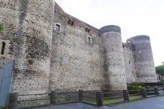 Башни обороны от Castello Ursino стоковое фото