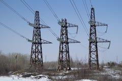 3 башни передачи электрических с предпосылкой голубого неба Стоковое Изображение RF