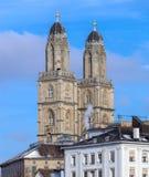 Башни собора Grossmunster в Цюрихе Стоковое Изображение