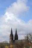 2 башни церков в Vysehrad Стоковые Фотографии RF