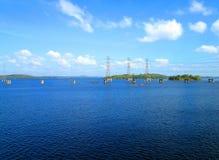 Башни электричества на реке Caroni Стоковые Фото