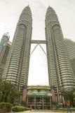 Башни Petronas, Куала Лумпур, Малайзия Стоковые Изображения RF