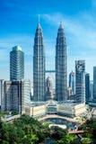 Башни Petronas, Куала-Лумпур - Малайзия Стоковые Изображения RF