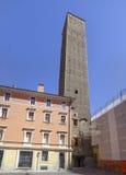 Башни Torre Prendiparte болонья эмилия-Романьи Италии Стоковые Фотографии RF