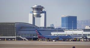 Башня авиапорта McCarran в Лас-Вегас - ЛАС-ВЕГАС - НЕВАДЕ - 12-ое октября 2017 Стоковое фото RF
