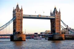 башня Англии london моста Стоковое Фото