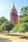 Башня вахты дворца Мандалая королевского, Мьянмы стоковые фото