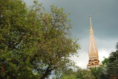 Башня виска Wat Chalong стоковое фото rf