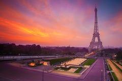 башня восхода солнца eiffel paris Стоковая Фотография RF