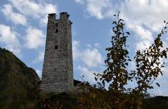 Башня в мертвом городе Чеченская Республика Район Itum-листовой капусты Ущелье Argun Россия Стоковая Фотография RF