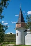 Башня в монастыре Svjato-Uspenskom Стоковое Изображение