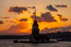 Башня девушек на заходе солнца Стоковые Фотографии RF
