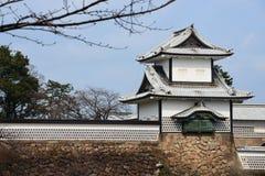 Башня замка kanazawa sightseeing kanazawa стоковое изображение rf