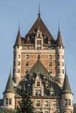 Башня захода солнца Канады Квебека (город) замка Frontenac большинств известное место всемирного наследия ЮНЕСКО туристической до Стоковое Фото