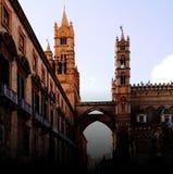 башня Италии palermo Сицилии часов собора Стоковая Фотография RF