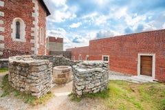 Башня и стены с сводом на Medvedgrad рокируют Стоковые Изображения