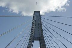 башня кабеля моста Стоковая Фотография