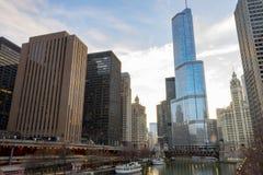 Башня козыря обозревая Реку Чикаго Стоковые Фото