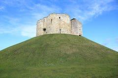 Башня Клиффорда, Йорк Англия Стоковая Фотография