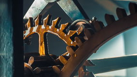 башня механизма часов старая сток-видео