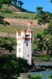 Башня мыши (Maeuseturm)/долина Рейна Стоковое Изображение